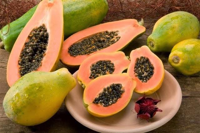 43 maneiras de se usar o mamão papaya em benefício da beleza e da saúde, que irão surpreender você
