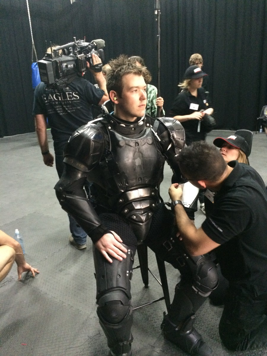Sensors in body armor will enable safe full contact weapons