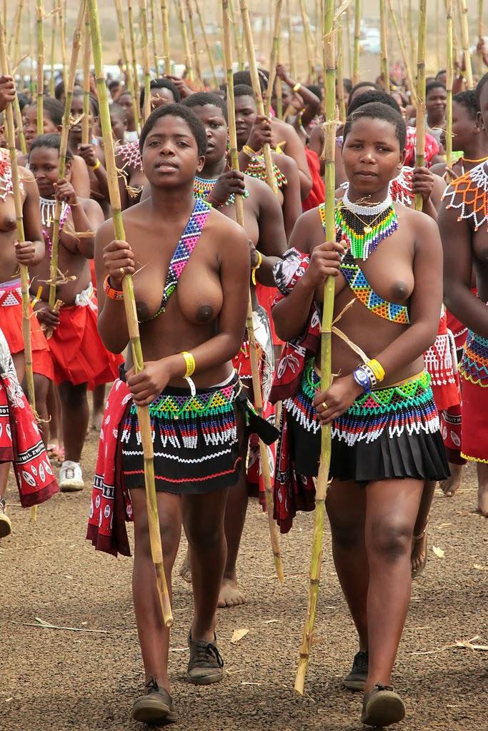 Zulu Reed Dance Big Boobs-2630