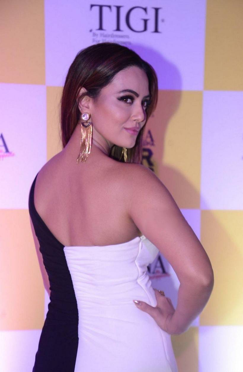 Kollywood Actress Sana Khan Stills In White Dress