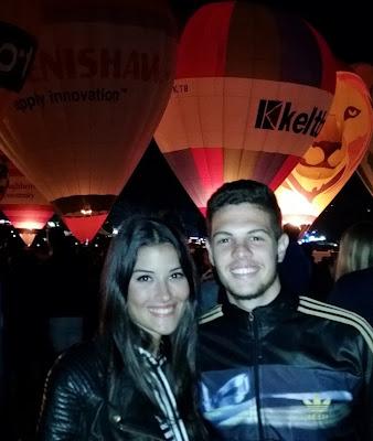 Ángela y Juan Manuel en la Bristol Balloon Festival, una fiesta donde se dan cita centenares de globos aerostáticos, 13-8-2016