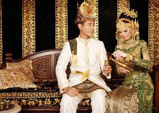Pernikahan Adat Aceh