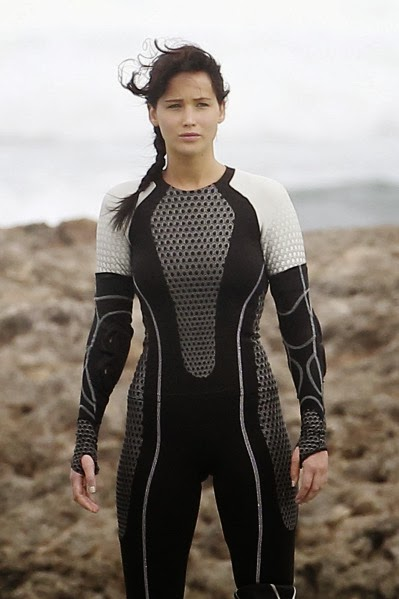 The Hunger Games Catching Fire review movieloversreviews.filminspector.com