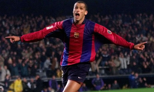 Players wore No.10 in FC Barcelona - Rivaldo