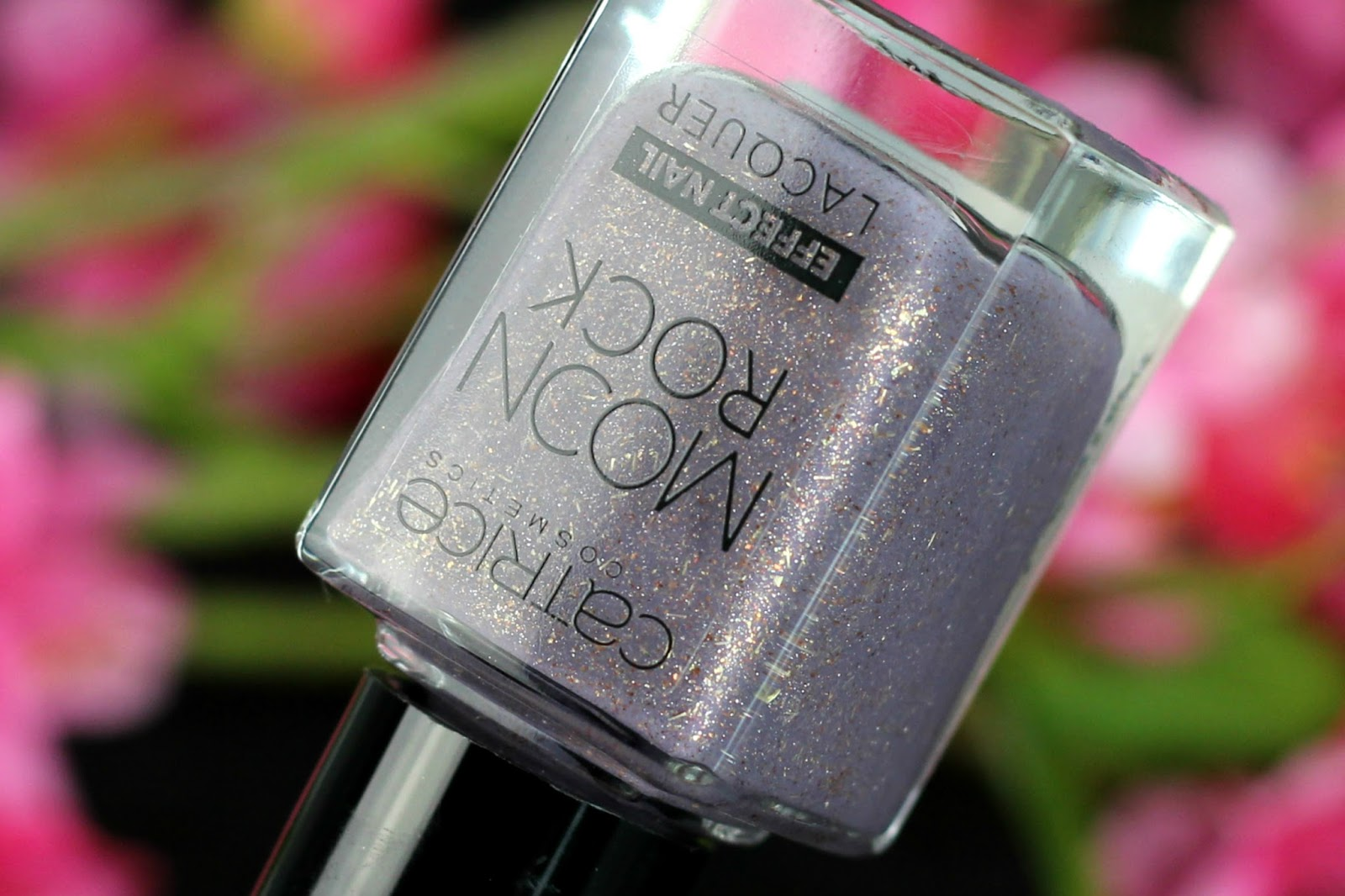 Catrice, Moon Rock Effect Nail Lacquer, review, swatches, tragebilder, neues sortiment, effect nail lacquer, moon rock, herbst, 2016, nagellack, nailpolish, glitzer, moonlight berriage, magical bluelight, drogerie,