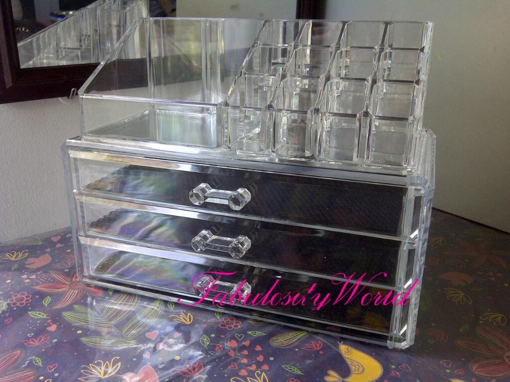 Fabulosity World Keeping Your Makeup Stuffs Neat And