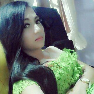 Emma Dwi Ratna Dewi New Bintang Yenila