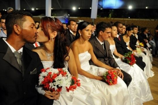 DIA 21 DE MAIO NA 23ª AÇÃO GLOBAL, NA UFMA: Inscrições para casamento comunitário gratuito.