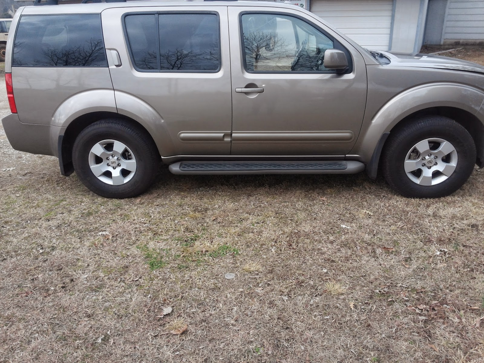 TimtheTech: 2006 Nissan Pathfinder SE 4.0 RWD with a Oil ... on