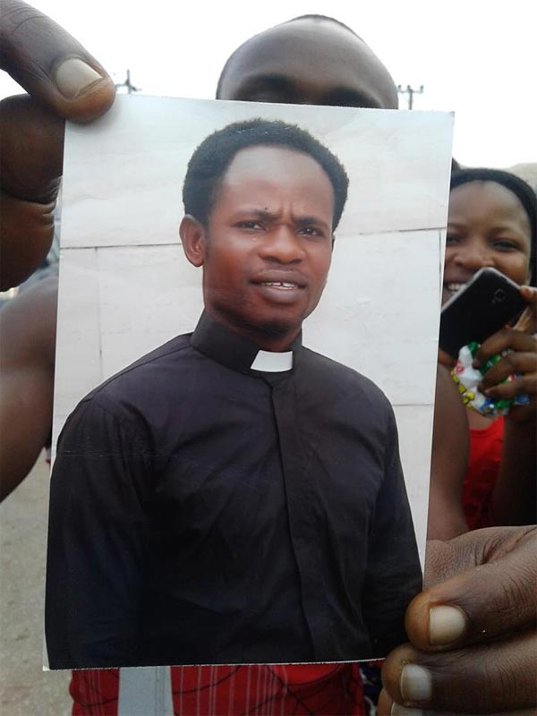 Pastor Chike nabbed with stolen vehicle in Ohafia, Abia State