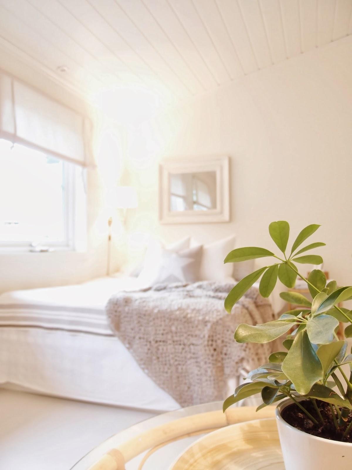 Un cabezal de espejo en tu dormitorio decorar tu casa es for Espejos de dormitorio