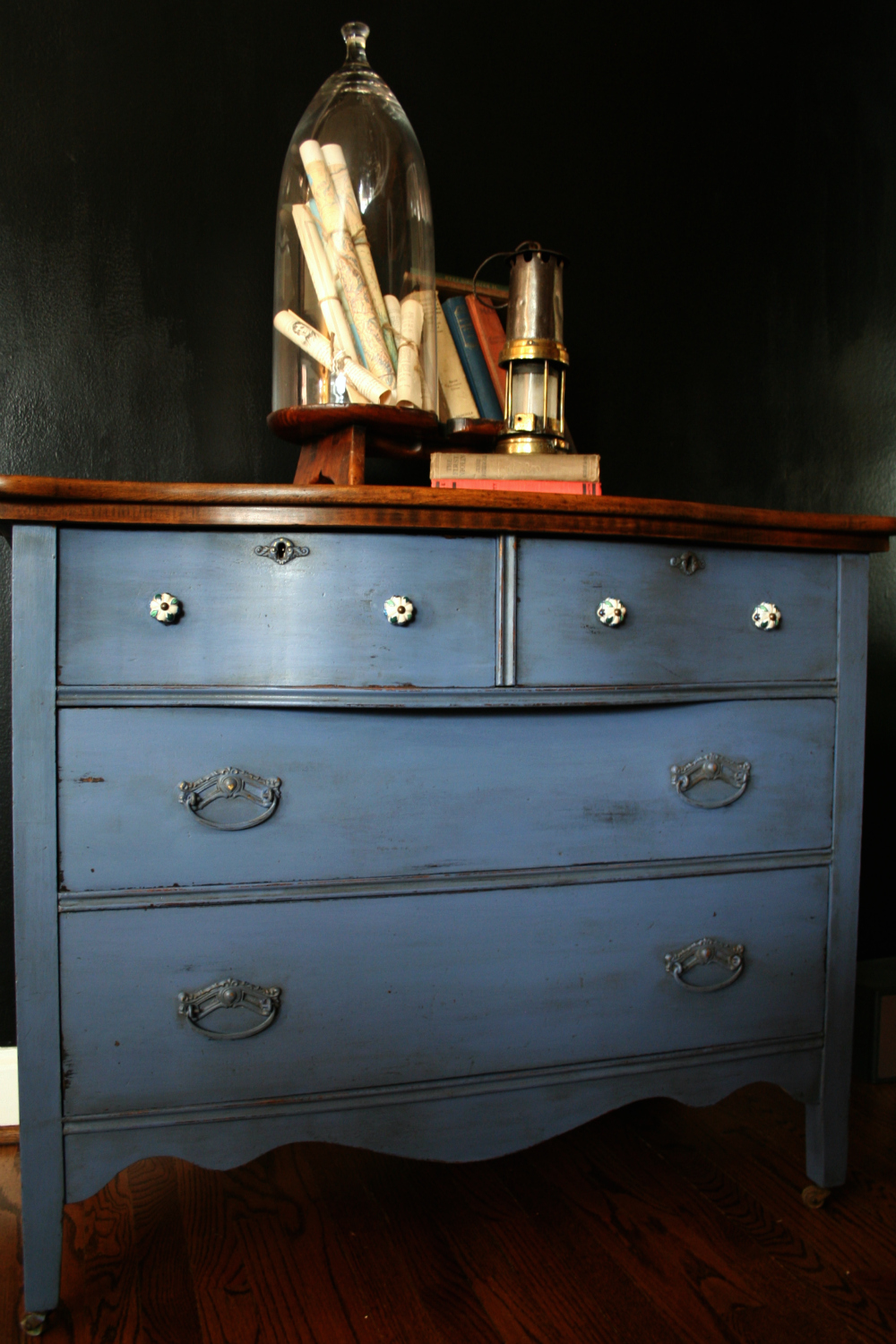 Famous Somewhat Quirky: Painting a Dresser With General Finishes Chalk  MP11
