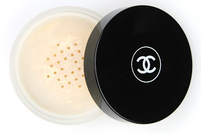 Chanel Poudre Universelle Libre Natural Finish Loose Powder review