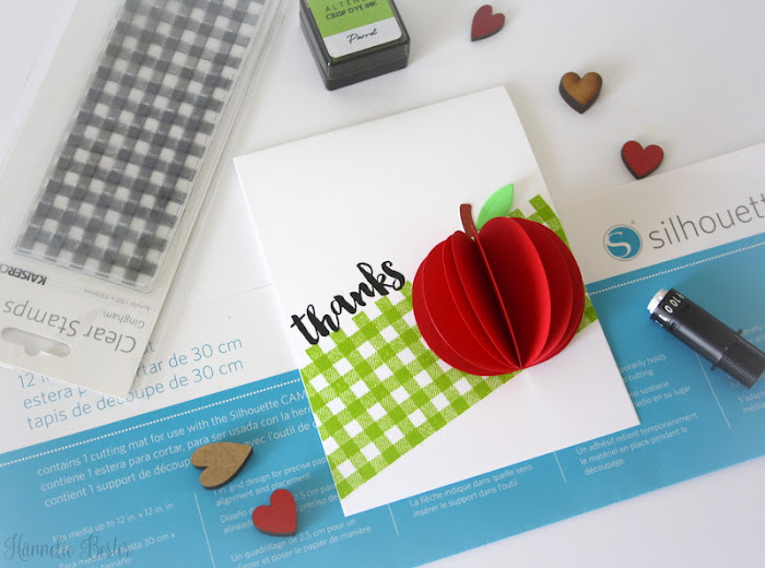 Thank you card with 3D apple
