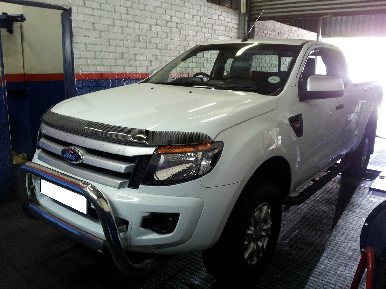Ford Ranger 3.2 TDCI (2x4) (6 Speed Manual) Performance Chip Tuning - ECU  Remapping (+48kw & 145nm)
