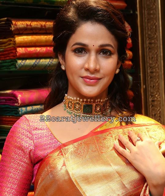Lavanya Tripati Kundan Emerald Choker
