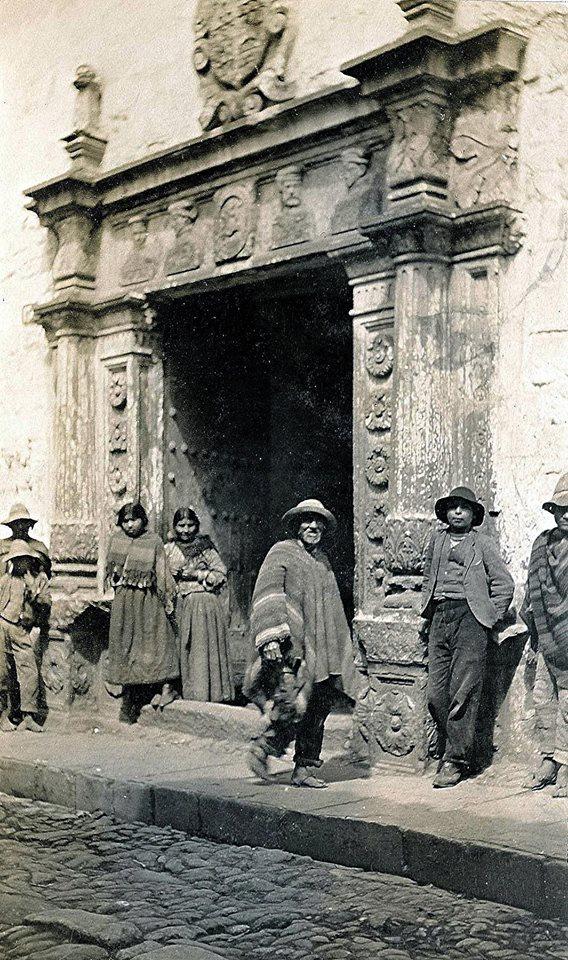 Calle San Agustín en el Cusco