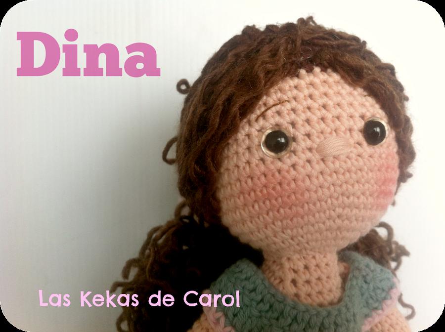 muñeca de crochet Dina