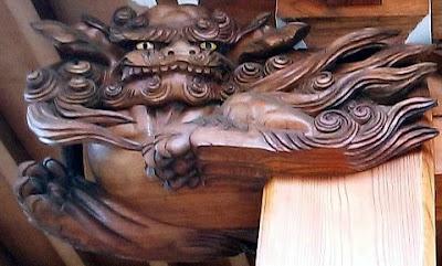 本堂の彫刻