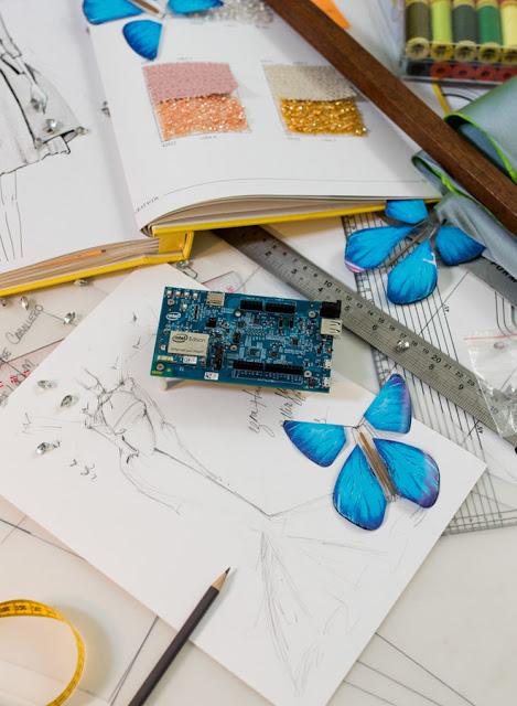 butterfly dress intel moda y tecnología juntos