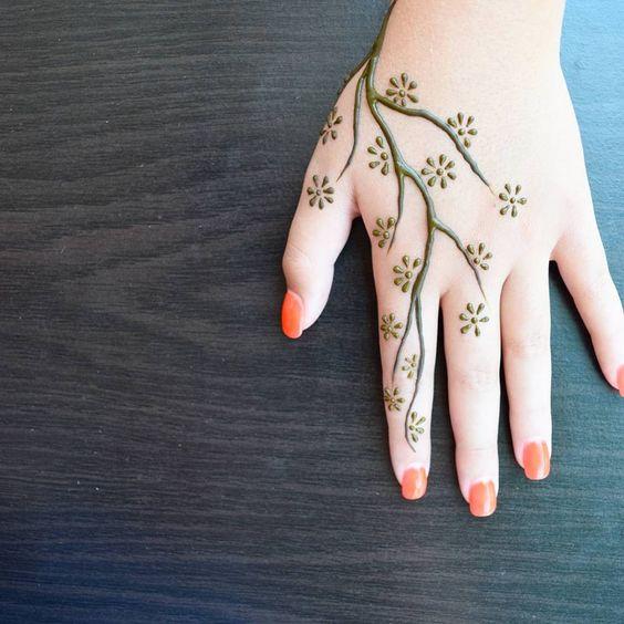15 New Mehndi Design Ideas For Beginners Bling Sparkle