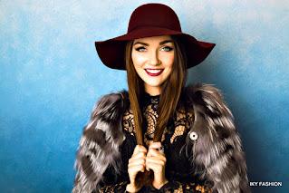Model topi wanita terbaru untuk fashion gaes