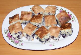 prajitura cu afine, kek, prajituri, deserturi, dulciuri, retete prajituri cu fructe de padure,