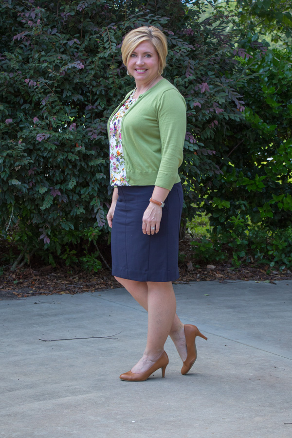 pencil skirt outfit, womens work outfit, navy pencil skirt