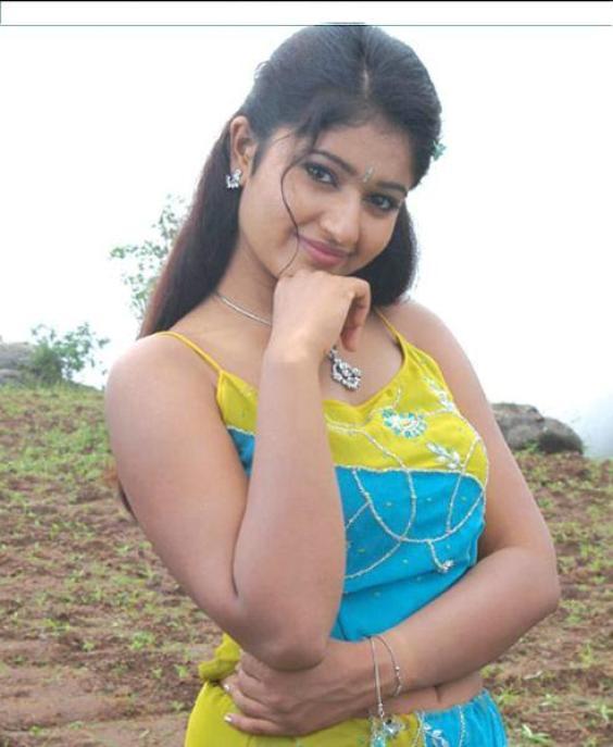 Beautiful Images: Poonam Bajwa Hot