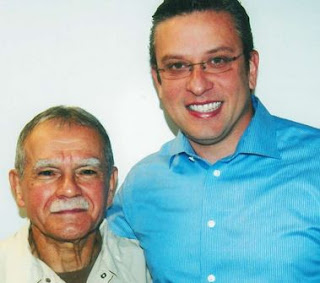 Alejandro visita Oscar Lopez Rivera