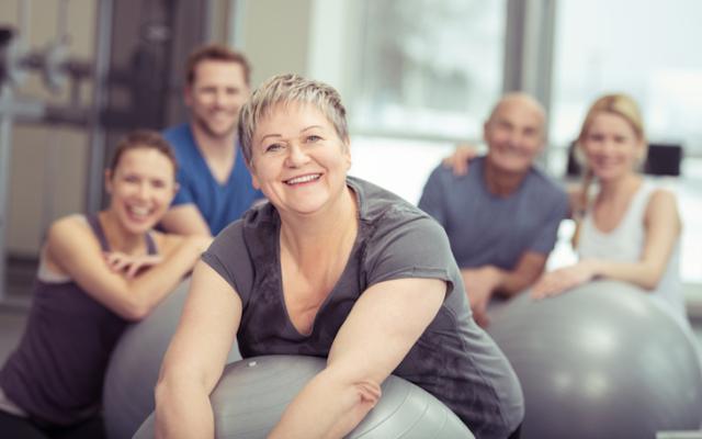 20 benefícios do Pilates para Idosos