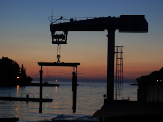 http://www.onboard-weighing.com/crane-weighing-crane-scales/