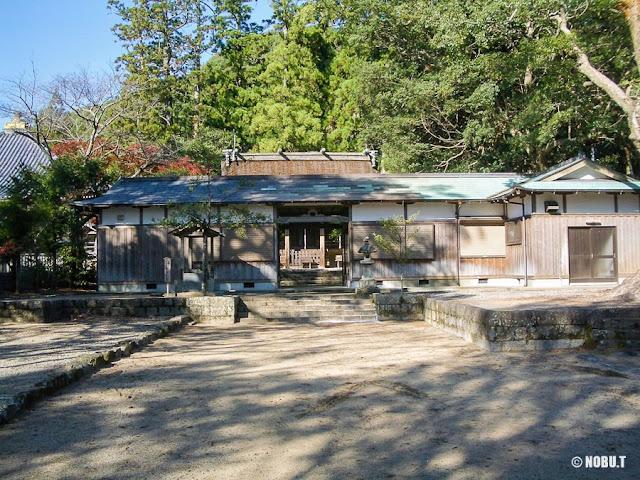 和歌山県那智勝浦町「熊野三所大神社」割拝殿