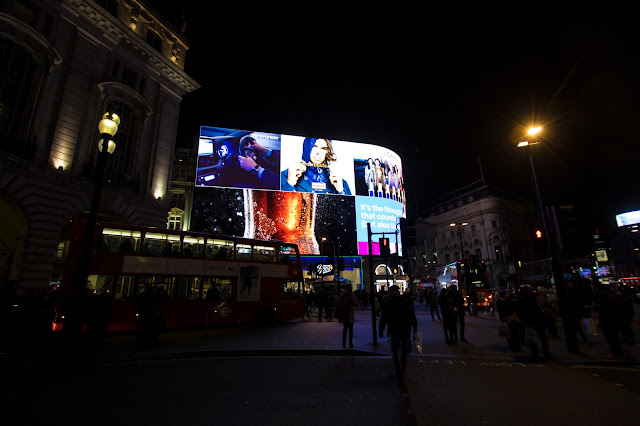 Piccadilly circus-Londra