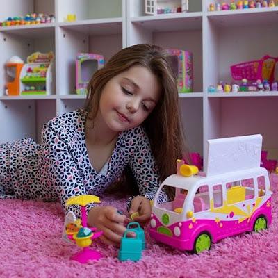đồ chơi cho bé gái Shopkins