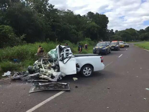 Traficantes entram na contra mão e causam acidente na BR-272 e uma pessoa acabou morta