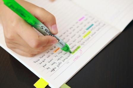 6 Contoh Paragraf Deskripsi Lengkap Dengan Penjelasannya