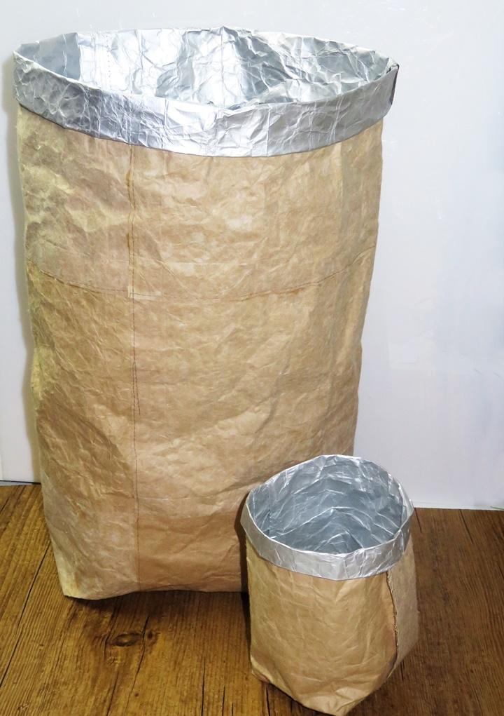 Großer und kleiner Beutel aus Tetra-Pap, Milchtüten Upcycling