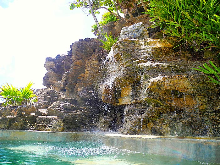 My Roatan - Adventures in Creating Nirvana: photo of the day
