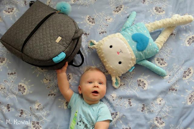 Farbotkowy plecak, czyli świetna alternatywa dla mamy i malucha