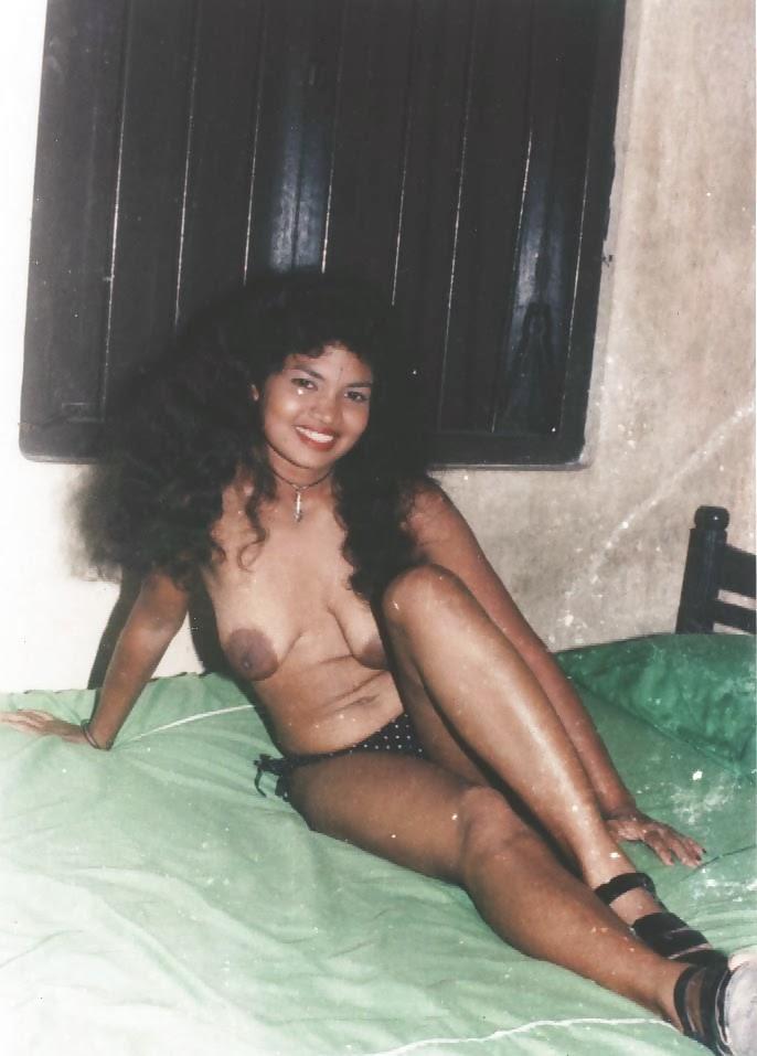 Hot nude emo milf