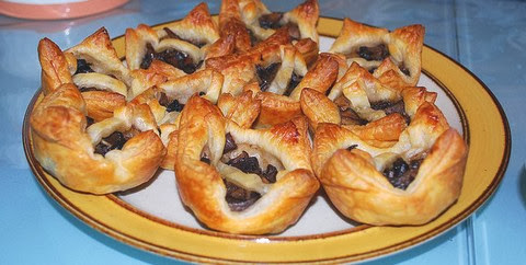 Puffy Mushroom Tarts with Nutmeg and Pepper