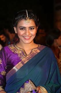 Hebah Patel Smiles Beautifully in Saree and Purple Choli at Gemini Puraskaralu Event 2016