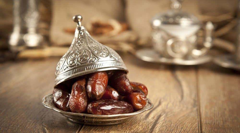 buah kurma khasiat dan manffaat