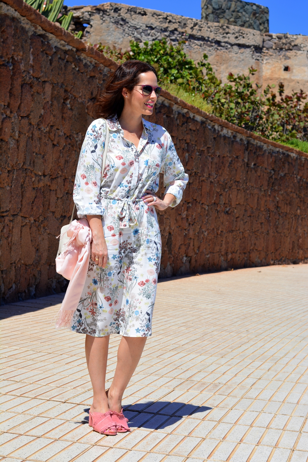 outfit-shirt-dress-street-style