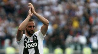 Striker Juventus Gonzalo Higuain Gabung AC Milan