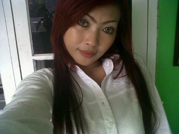 Image Result For Foto Hot Tante Mandi Bareng