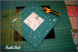 Patchwork - Cutting fabric pieces