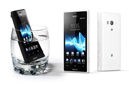 fitur xperia acro s hp tahan air terbaru, kelebihan dan kekeurangan posel android xperia acro s, gambar dan spesifiaksi lengkap sony acro s tahan debu dan tangguh, hp sanggih keren