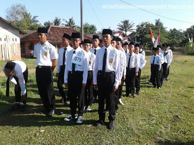 Mts Miftahussalam Juara III dalam lomba gerak jalan di Kec Megang sakti